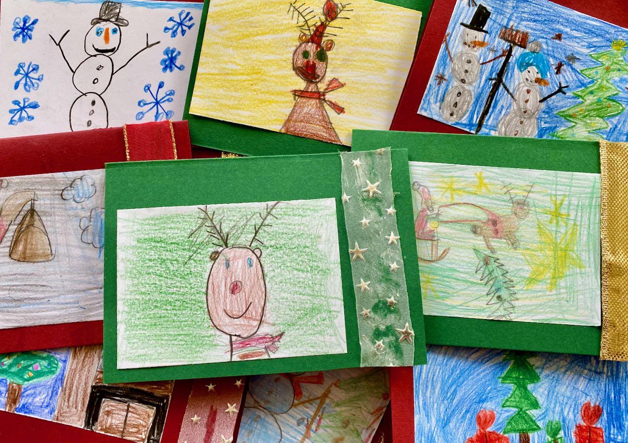 Weihnachtskarten gestaltet von der Klasse 1a