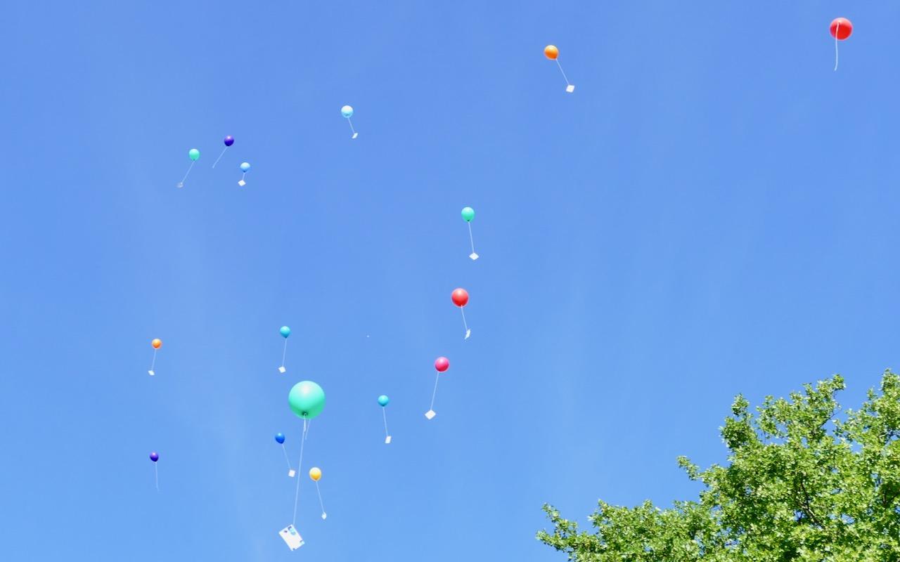 Luftballons der 4. Klasse